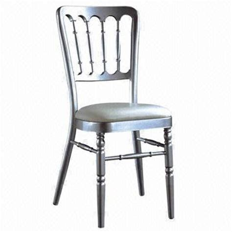 wooden chiavari chairs by vision wooden chiavari chairs vs metal chiavari chairschiavari