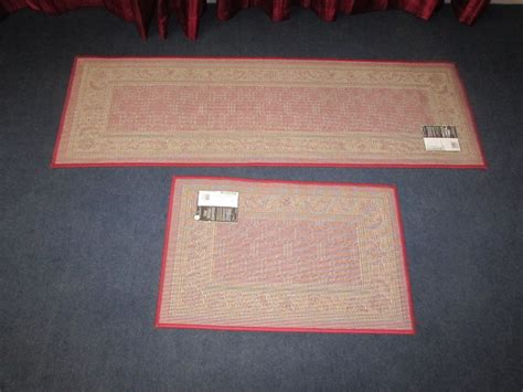 Rugs And Runners To Match by Lot Detail Matching Burgundy Floor Runner