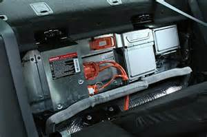 2010 ford fusion and milan hybrids battery location boron extrication