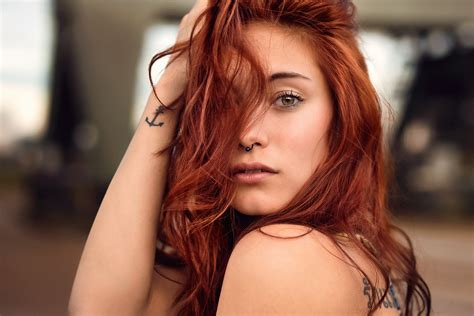 redhead tattoo ryzhevolosaya model