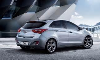 2015 hyundai i30 review prices specs