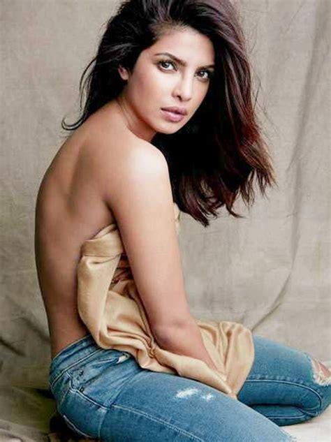 Latest Hot Photos Of Priyanka Chopra Ilubilu