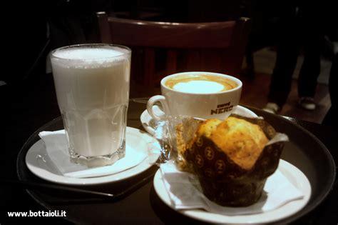 un bel cappuccino da caff 233 nero - Wohnzimmermöbel Cappuccino