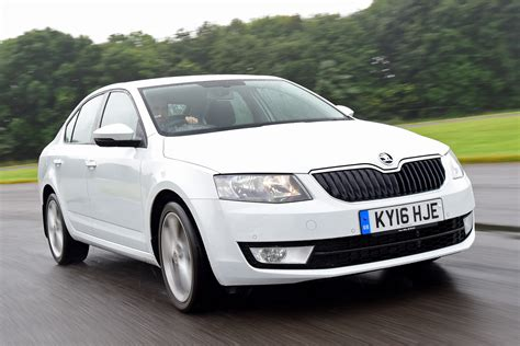 new skoda octavia 1 0 tsi 2016 review auto express