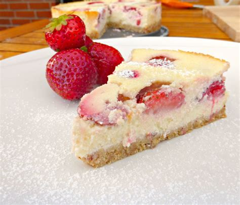 cottage cheese cheesecake cottage cheese cake with strawberries
