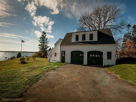 daryl hall house daryl hall of hall oates selling oldest surviving home in maine realtor com 174