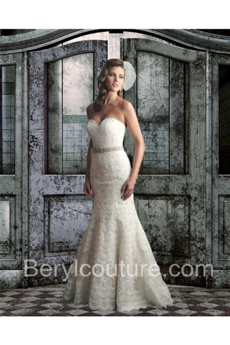 mermiad strapless sweetheart low back wedding dress