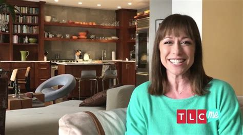trading spaces host video broadway alum paige davis returns as host of
