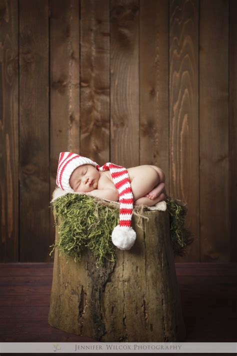 new born baby xmas photo baby seattle newborn baby maternity photographer