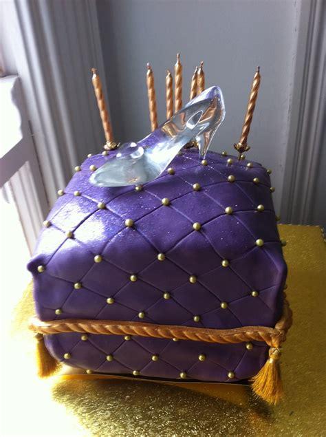 glass slipper cake cinderella s glass slipper pillow cake cakecentral