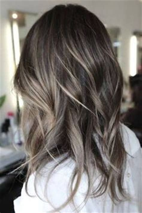 ash blonde to blend in greys gray silver ombre hair make up pinterest ヘアー