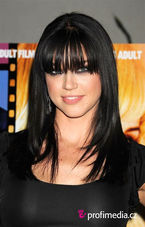Adrianne Palicki     hairstyle   easyHairStyler