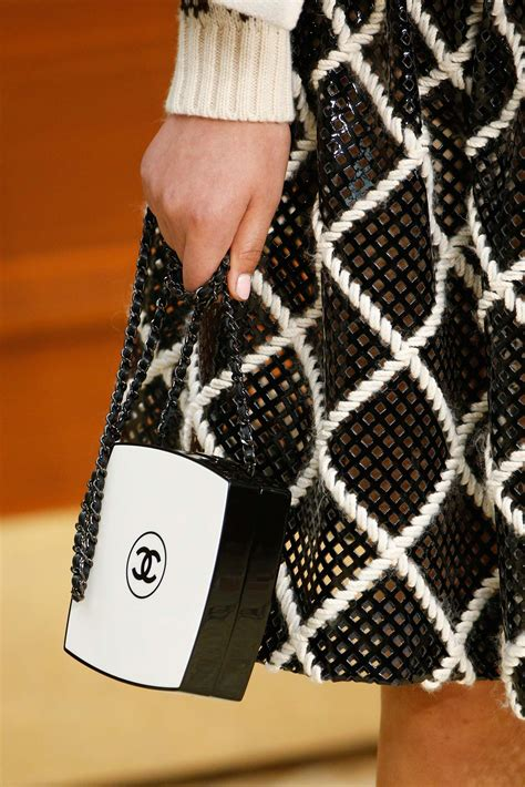 Tas Chanel Pouch 1161181 chanel fall winter 2015 runway bag collection featuring the brasserie spotted fashion