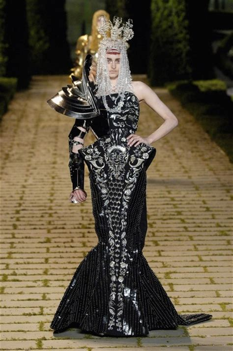 Winter 2006 To 2007 Designer Bag Collection by Galliano Haute Couture 2001 2004 2009 Looklikemeblog