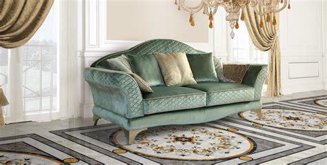 divani stile classico lussuoso divano in stile classico in pregiato tessuto