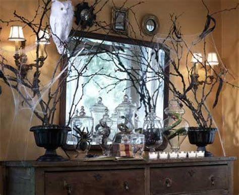 creepy home decor 70 great halloween mantel decorating ideas digsdigs