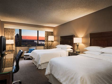 2 bedroom hotel suites in memphis tn sheraton memphis downtown hotel reviews photos rates ebookers com