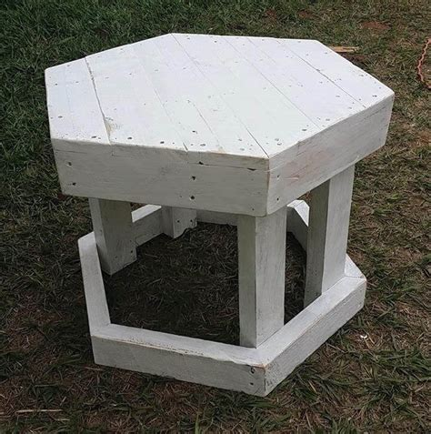 Pallet Step Stool by Chic White Pallet Stool Ideas 99 Pallets