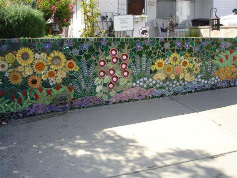 Mosaic Ideas For The Garden A Creative And Labor Intensive Mosaic Garden Wall Yelp