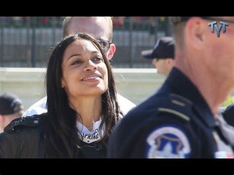 Mcgowan Cops A Feel On Rosario Dawson by Rosario Dawson Arrested Democracyspring The Ill Community