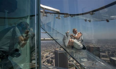glass slide skyscraper terrifying glass slide opens on la skyscraper rooftop