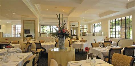 Castle Hill Restaurants   Nobles Bar & Restaurant