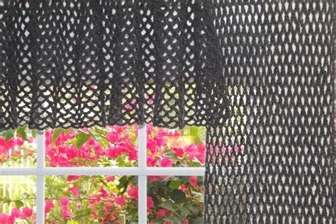 7 beautiful patterns for crochet curtains