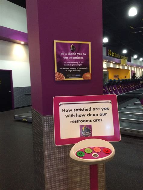 planet fitness tanning beds best 25 tanning bed ideas on pinterest
