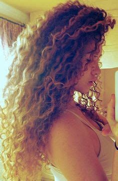 curly pubic hair pics dirty blond perm short hairstyle 2013