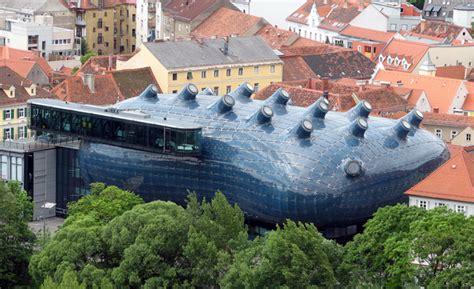 kunsthaus graz a friendly alien regenerates a city