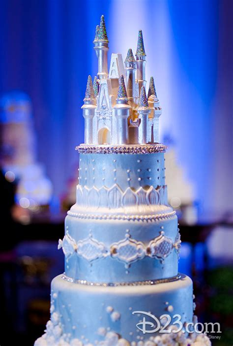 Disney Wedding Cake by Disney Brides And Grooms Take The Cake To A Whole New