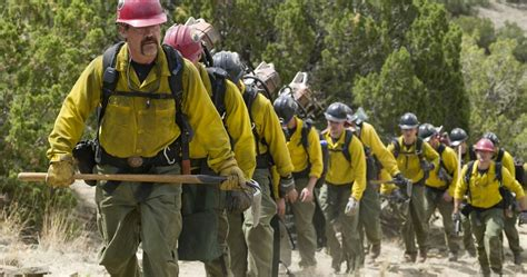 only the brave film review only the brave review a heartbreaking tale of courage