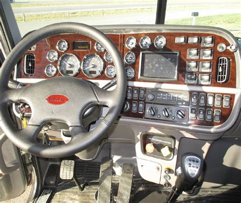 the gallery for gt peterbilt truck interior