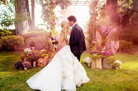 Ee  Wedding Ee    Ee  Dress Ee   Shopping To Know Beforeing A