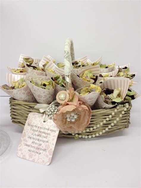Confetti basket   Natural/Rustic Wedding   Wedding
