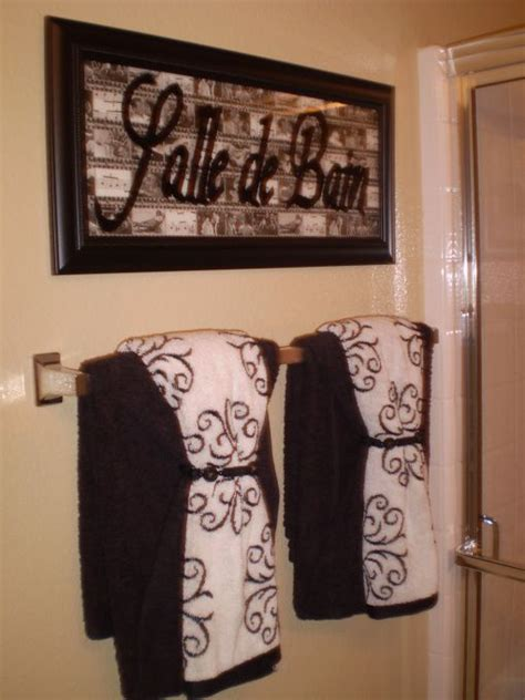 decorative bathrooms ideas best 25 bathroom towel display ideas on bath