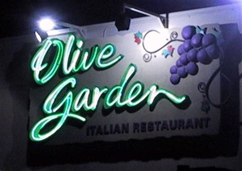 Directions To The Closest Olive Garden by Olive Garden Italian Restaurant Edmonton Alberta Neon