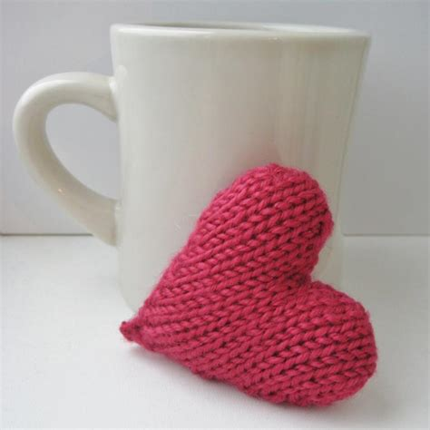 knit heart pattern easy easy valentine s knitting patterns for your sweetie