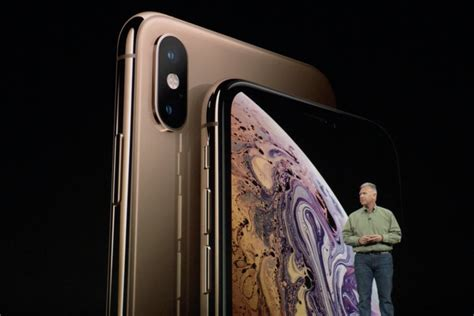 iphone xs and xs max vs samsung galaxy note 9 1 000 phablet showdown pcworld