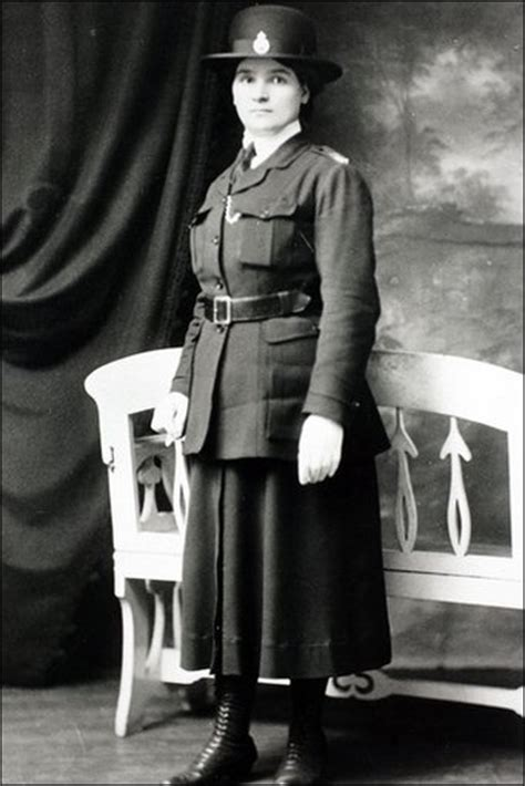 First Female Police Officer | 48 best images about sirens police heroines on pinterest