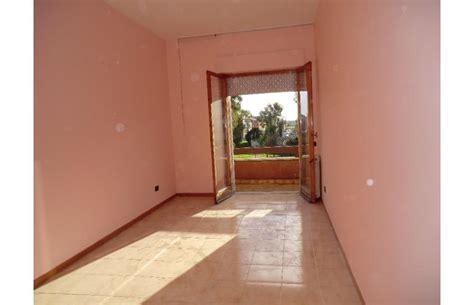 appartamenti anagnina privato affitta appartamento trilocale in residence