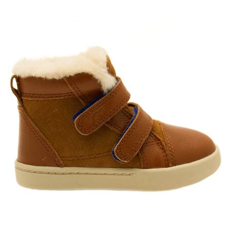 boots toddler buy ugg 174 toddler chestnut rennon boots at hurleys