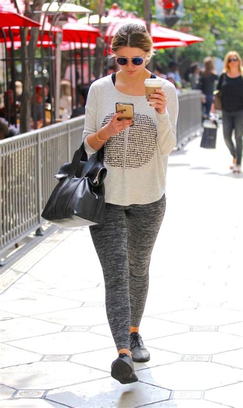 Mischa Barton Pics Now With Tights by Mischa Barton In Tights 07 Gotceleb