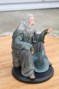 Weta Giveaways - collecting the precious weta workshop s gandalf the grey statue and giveaway