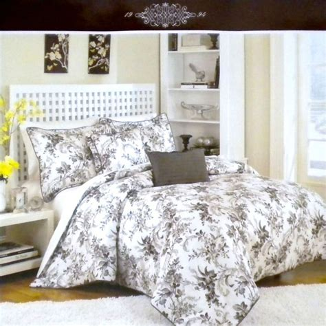raymond waites comforter set king 17 best images about bedroom ideas and decor on pinterest