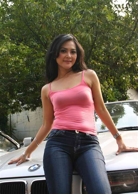 Dress Deswita cosmopolitan announcement deswita maharani