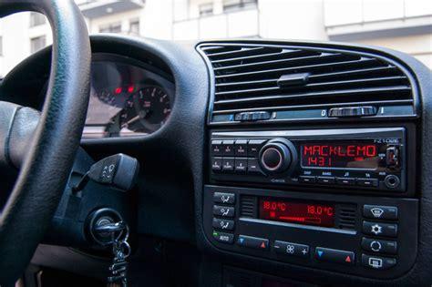 Headunit Clarion Cz215a Intellegent Tune aftermarket radio that looks like oem