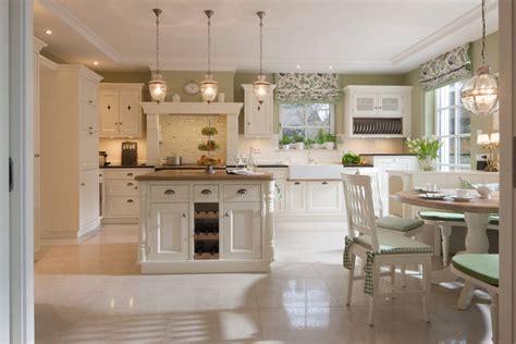 landhausküche klassisches landhaus mit stil und charme beinder