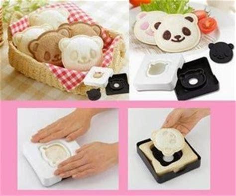 Bantal Mobil 8 In 1 Boneka Keropi Baju Garis Hijau unix shop cetakan sanwich panda