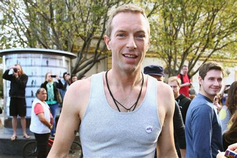 chris martin and gwyneth paltrow wedding chris martin reveals he s still working on his